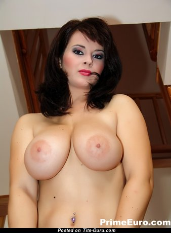 Kristi Klenot - sexy naked beautiful female with natural tittys picture