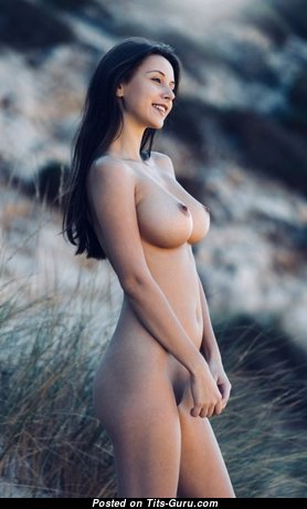 Hot Babe with Hot Bare Real Titty (Porn Image)