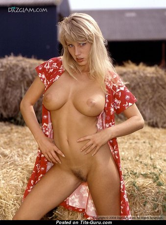 Rachel Ter Horst - Appealing Dutch Playboy Blonde with Appealing Bald Real Boobys (18+ Foto)