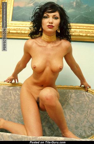 Nastia Dezevkova - Magnificent Topless Dame with Magnificent Bald Regular Tit (Xxx Foto)