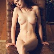 сиськи фото: средние сиськи, натуральная грудь