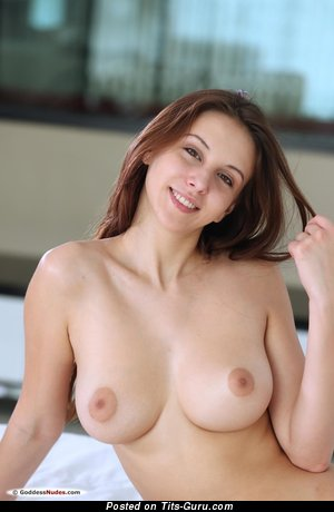 Alisa I Aka Alisa Amore - Sexy Brunette Babe with Sexy Exposed Natural Regular Boobys (Hd Xxx Pic)