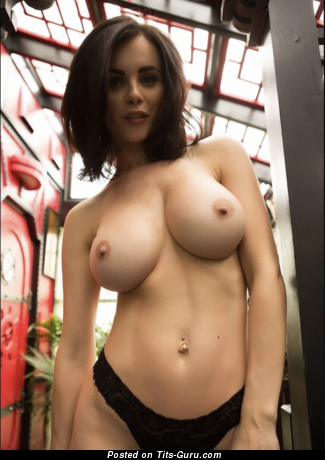 Emma - sexy nude amazing lady with medium boobies image