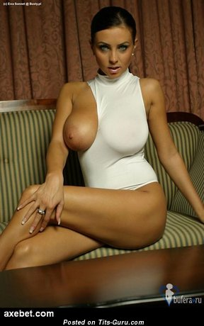Nude amazing lady with big boobies pic