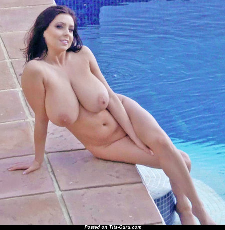 Ewa Sonnet - Wonderful Polish Red Hair Babe with Wonderful Nude Natural Big Sized Boobs in the Pool (Porn Foto)
