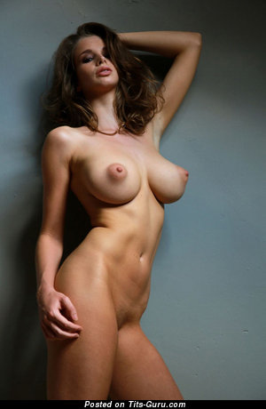 The Best Babe with The Best Naked Average Busts (Hd Sexual Image)