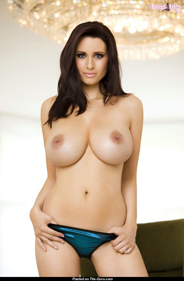 Sammy Braddy - Babe With Nude Big Tittys Sexual Wallpaper