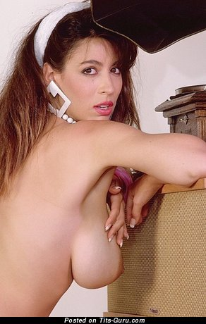 Christy Canyon - Hot Topless Armenian, American Red Hair Pornstar with Hot Open Real Dd Size Tit (Sexual Foto)