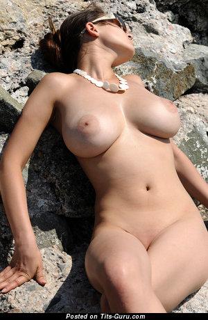 Изображение. sofi a сиськи фото: натуральная грудь, большие сиськи, sunbath, hd
